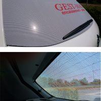 Publicité sur lunette arrière de véhicule